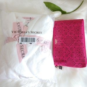 VICTORIA'S SECRET ROBE M/L + VS COSMETIC BAG
